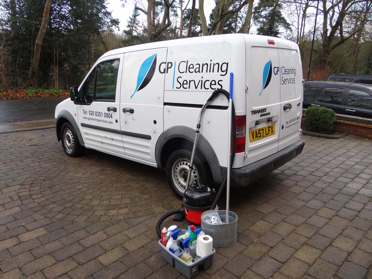 Gp cleaning services enfield for Garden cleaning services