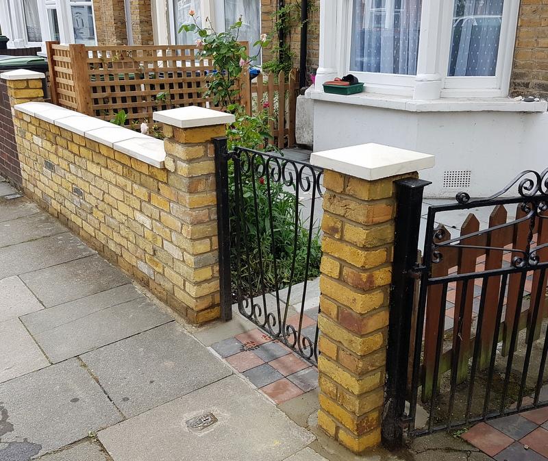 A simple front garden